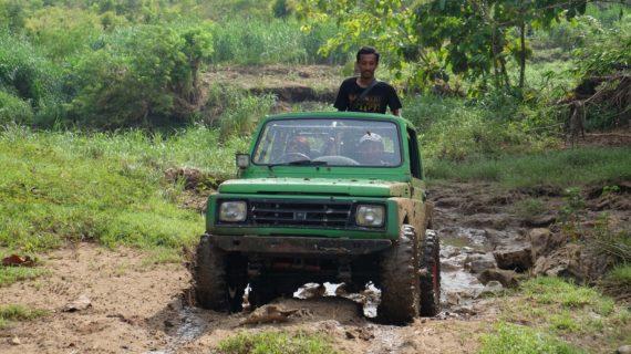 Alasan Mengapa Anda Harus Mencoba Wisata Jeep Goa Pindul
